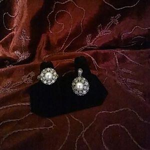💲Price Drop💲Kay Jewelers Ring & Pendant Set
